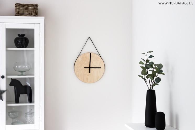 ikea hocker holz hocker skogsta von ikea ikea zeitungsst. Black Bedroom Furniture Sets. Home Design Ideas