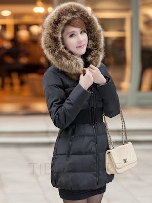 http://www.tidestore.com/product/Multi-Colored-Faux-Fur-Collar-Overcoat-11511034.html