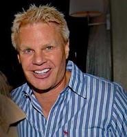 Michael Jeffries, responsable del éxito de la marca de ropa Abercrombie & Fitch