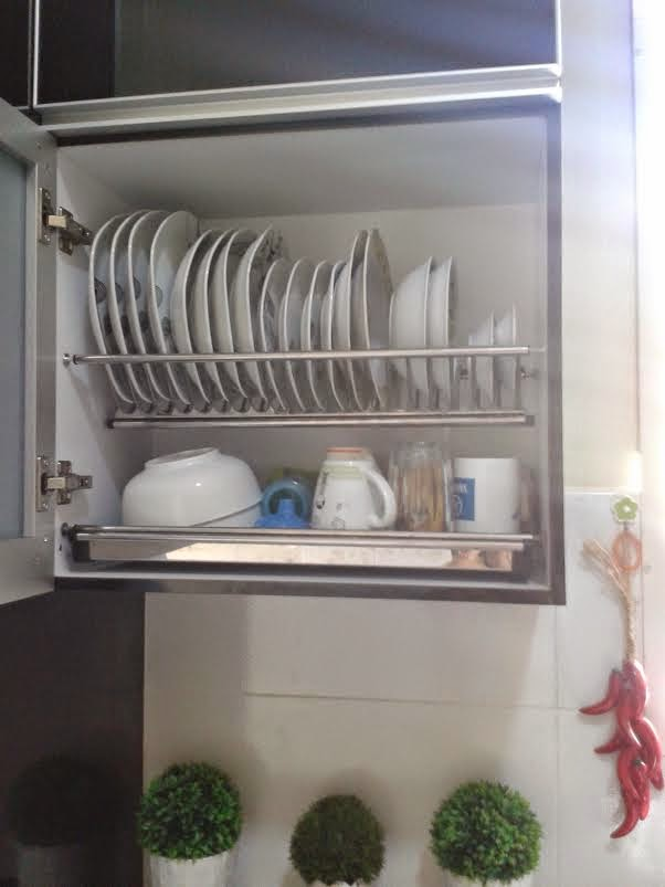 Kat Bahagian Atas Laci Ialah Dishwasher