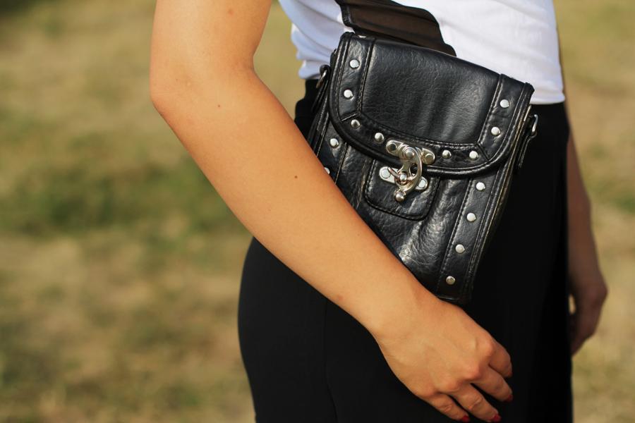 schwarze vintage clutch