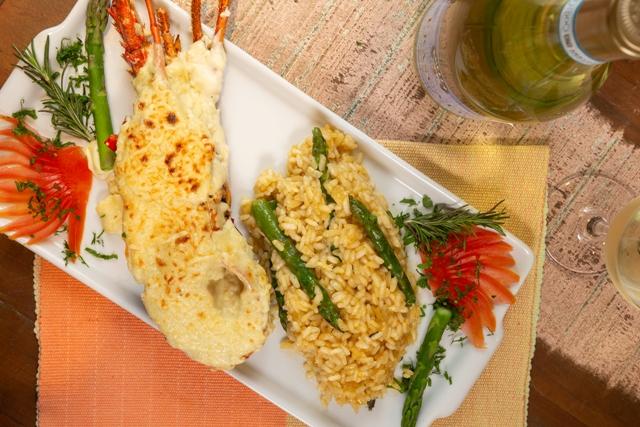 Mineiro Grill - lagosta gratinada