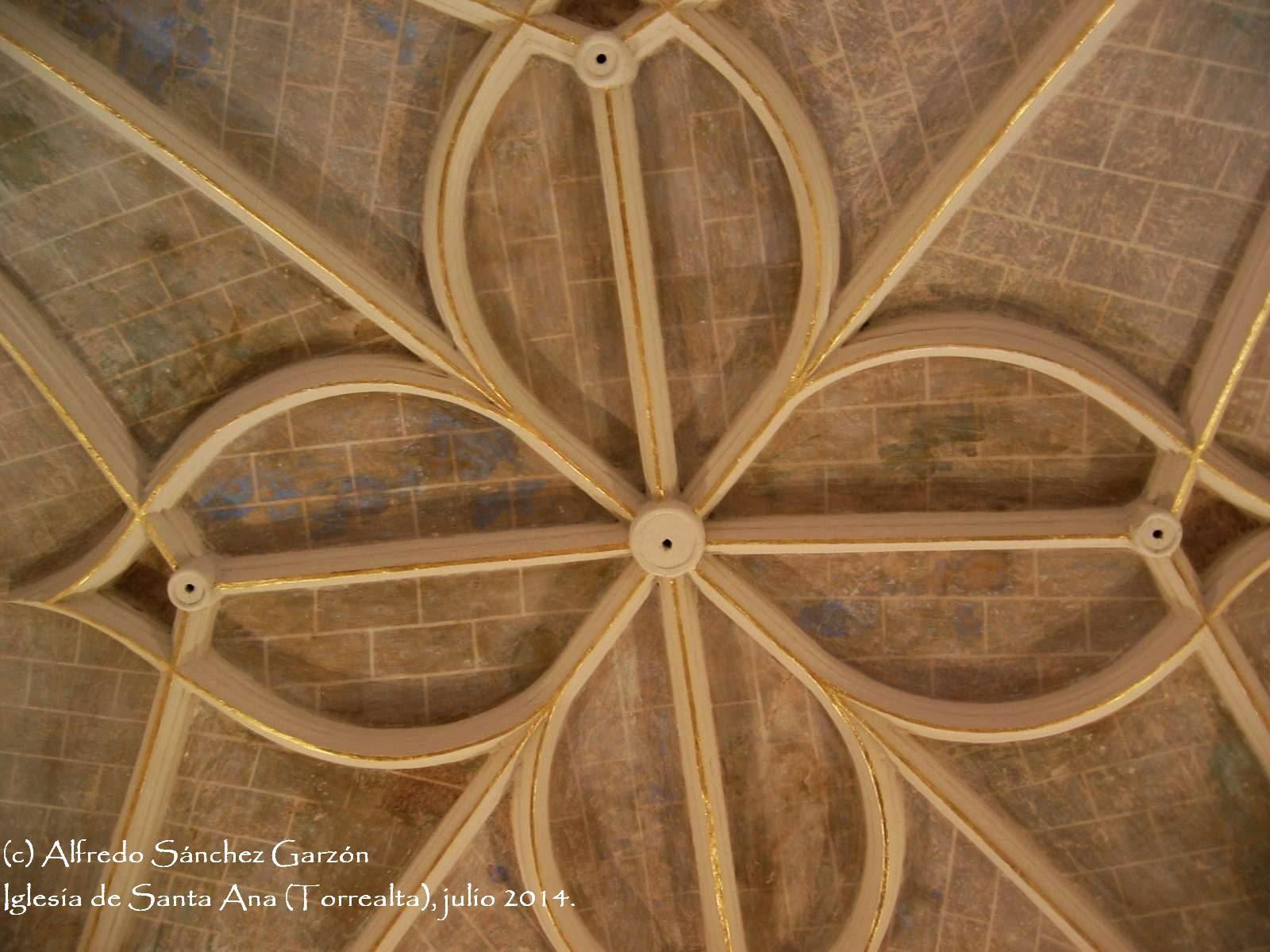 iglesia-santa-ana-torrealta-cupula-traceria-gotica