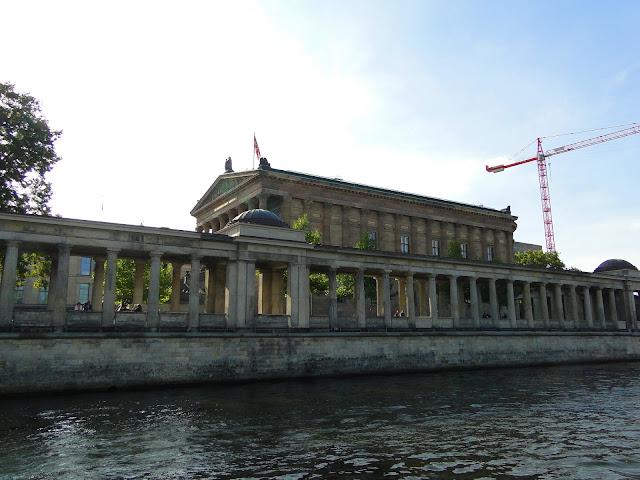 Ilha dos museus (Museumsinsel) no rio Spree, Berlim, Alemanha: Pergamon, Altes, Neues Alte Nationalgalerie e Bode