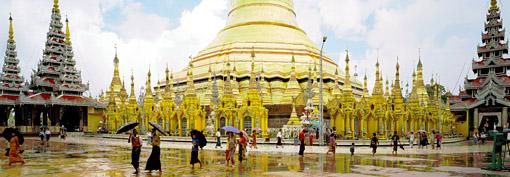 shwedagon pagoda main stupa