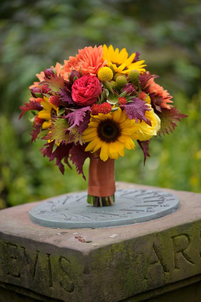 Fall Outdoor Wedding : Rustic Elegance + DIY Details ...