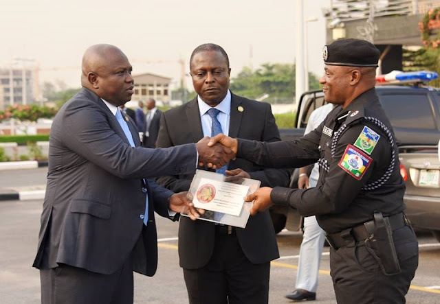 Good News: Ambode raises police death insurance benefit to N10M