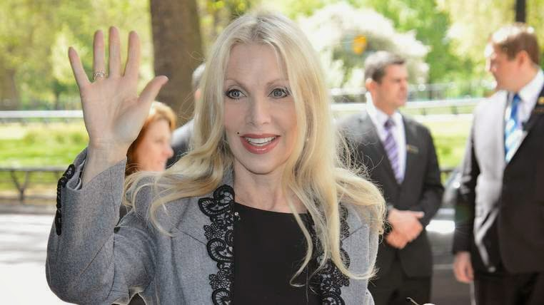Singer-songwriter Lynsey de Paul has died of severe headaches