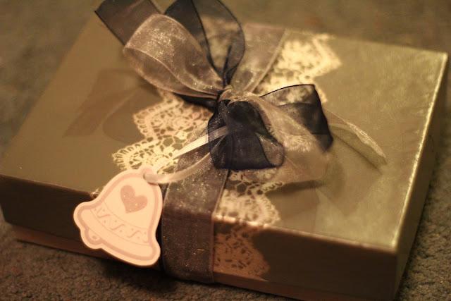 navy and silver bridesmaid box
