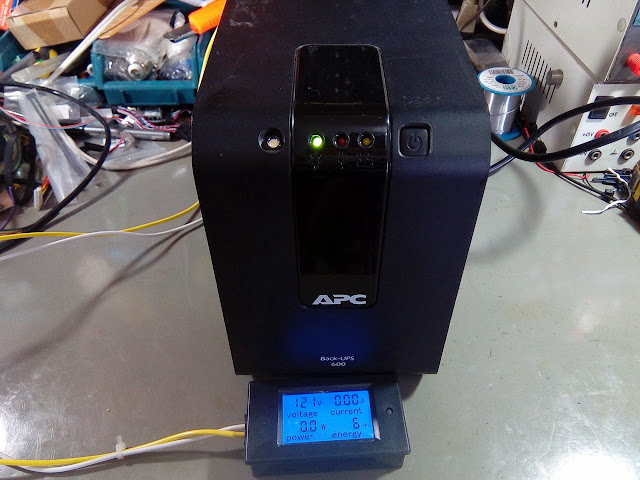 Nobreak APC Back-UPS 600