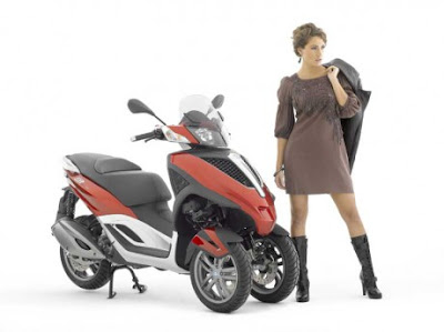 Piaggio MP3 Scooter Yourban Lively and Sportif