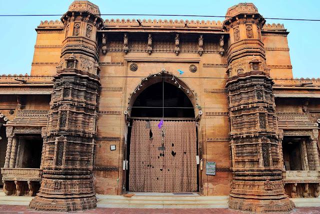 rani rupmati mosque ahmedabad