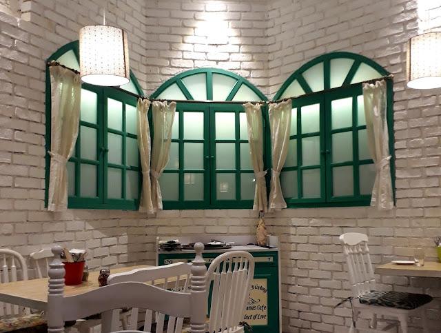 Grandmama's Café Lower Parel