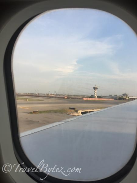 Singapore Airlines Economy: Bangkok Bangkok wait for us!