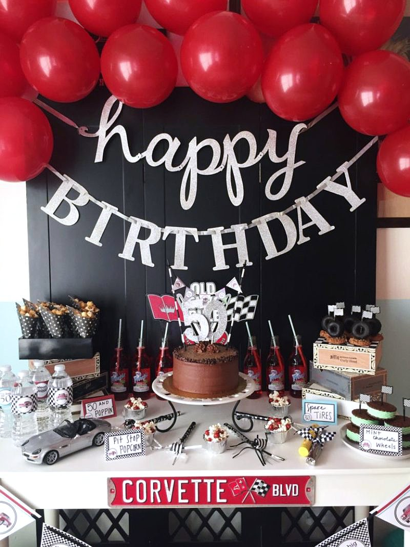 Cars themed birthday party ideas via BirdsParty.com @birdsparty