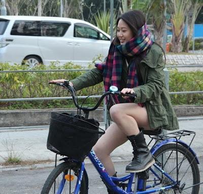 Foto-Foto Gadis Asia Hot, Lucu, Gokil Dan Konyol (Part 18)