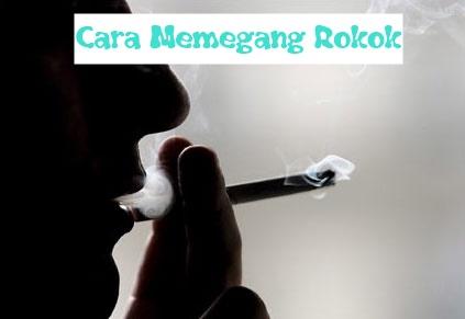 Berikut Kepribadian Seseorang Dari Caranya Memegang Rokok