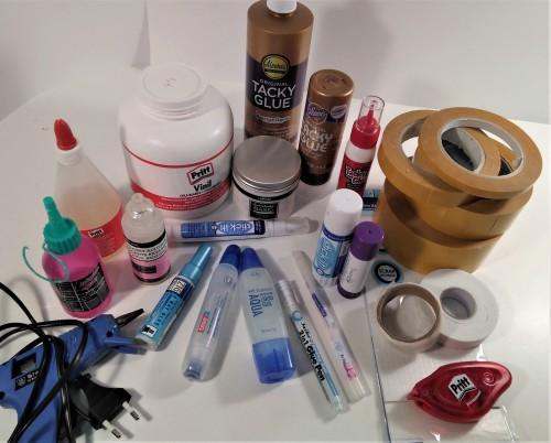 Todos los adhesivos que podemos usar en scrapbooking
