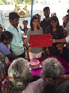 Tamil Actress Varalaxmi Sarathkumar Birthday Celetion Stills  0008.jpg
