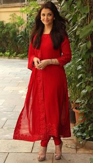 Aishwarya Rai Red Salwar Kameez