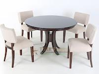 Meja makan minimalis bundar set dengan 4 kursi makan