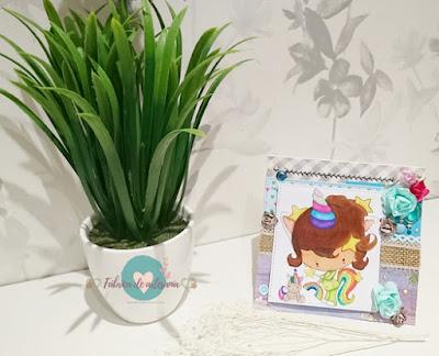 Tarjeta unicornio pijama y peluche con ramita blanca y jacintos 2