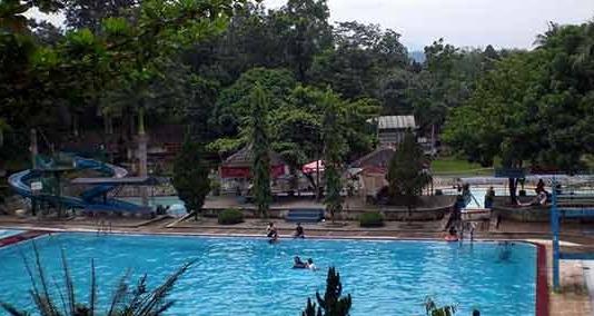 Keindahan Pemandian Patemon Tanggul Jember Jawa Timur