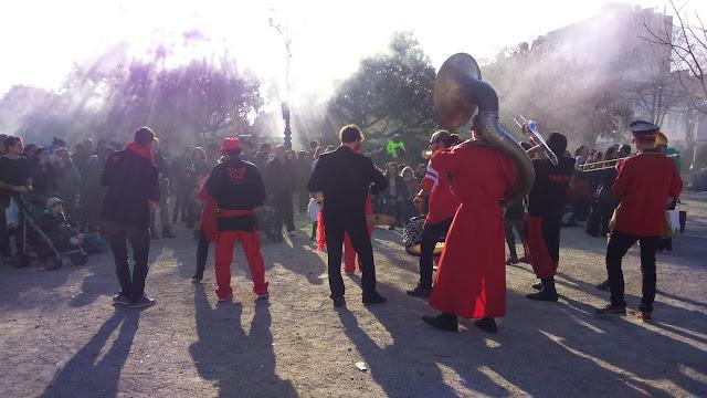 Fanfare Tahar Tag'l en concert pour le vide grenier de la Plaine à Marseille