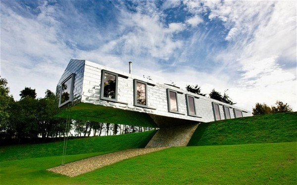 most creative houses Balancing Barn Home in Suffolk, UK, Awkward Homes