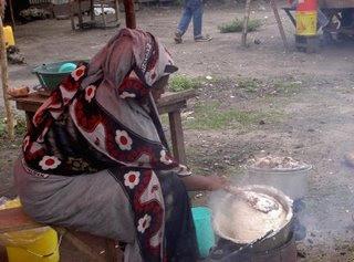 Mwanamke Amuua Mumewe KisBaada ya Ugomvi wa Kudai Chakula