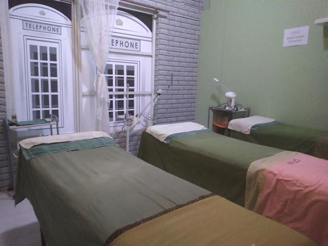 Ruang Treatment lantai 2 | www.annisaputri.com