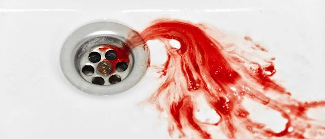 تفسير الدم في الحلم للبنت لإبن سيرين