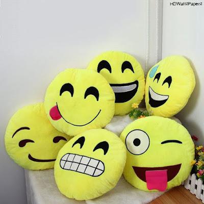 Emoji - HD Wallpapers