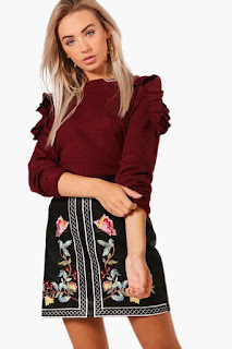 Boohoo Niamh ruffle shoulder jumper