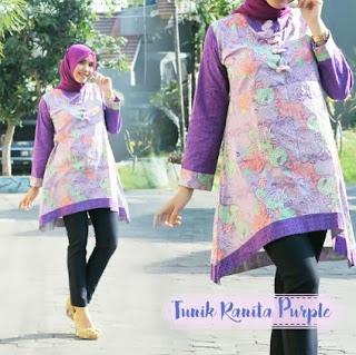 Baju tunik batik kombinasi hijab modern