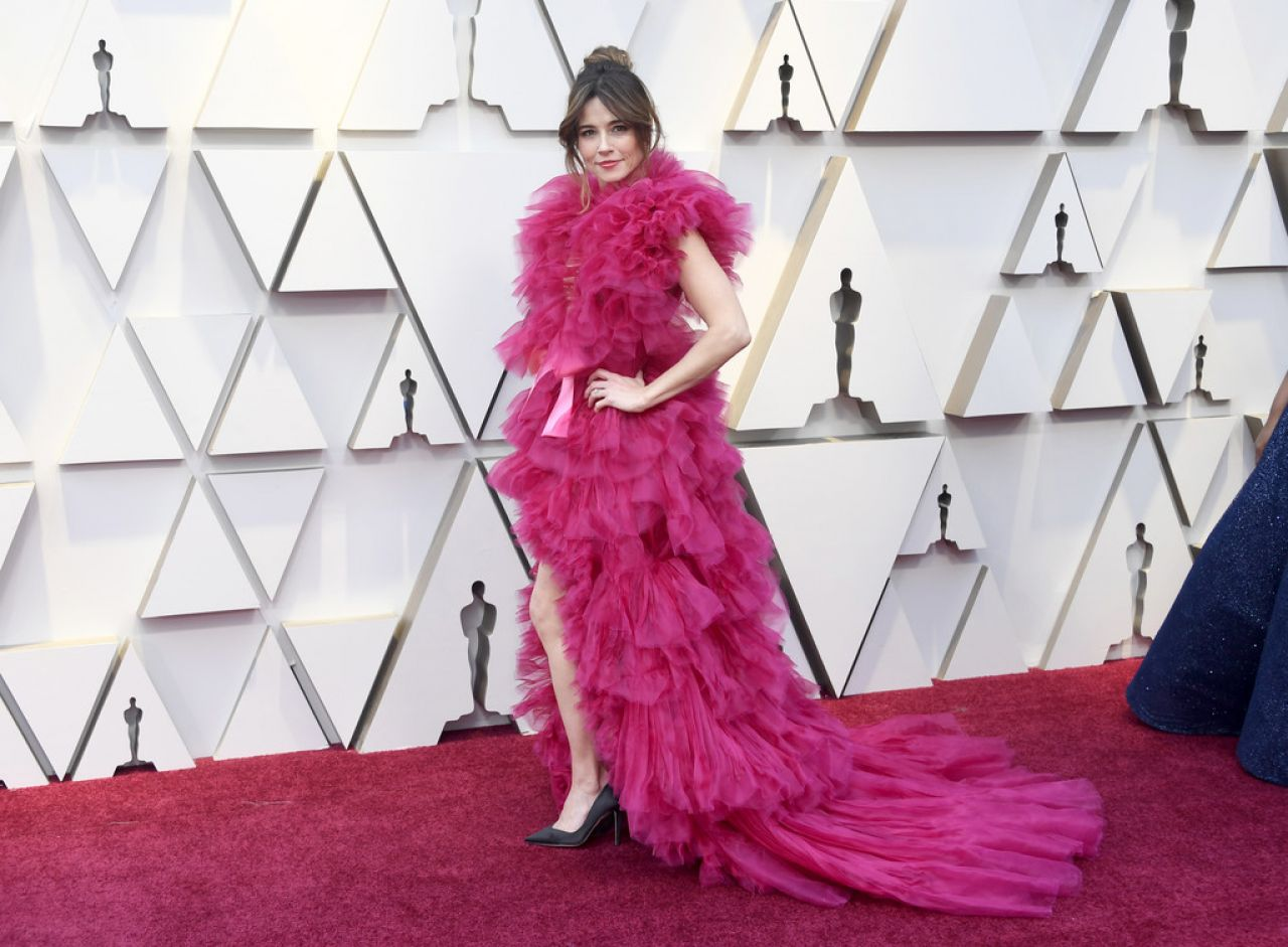 Linda Cardellini – Oscars 2019 Red Carpet
