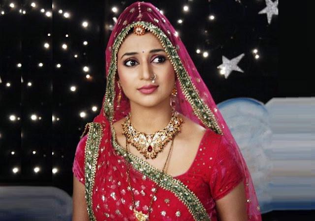 सुंदर बीवी और धन दिलवा सकता है इलायची का यह टोटका - Beautiful wife and money from cardamom