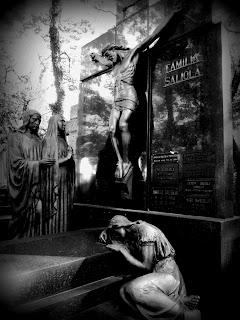 Jazigo da Família Saliola no Cemitério da Consolação