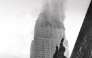 Βομβαρδιστικό Β-25 καρφώθηκε στο Empire State Building – Γιατί δεν γκρεμίστηκε;