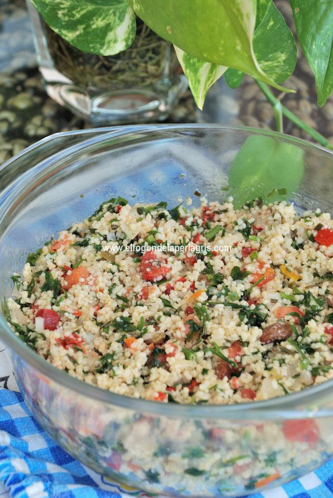 Tabule o taboule de verduras tradicional