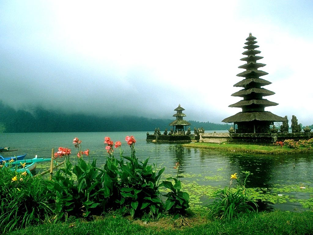 Exotic Places: Best Vacations Places in Indonesia