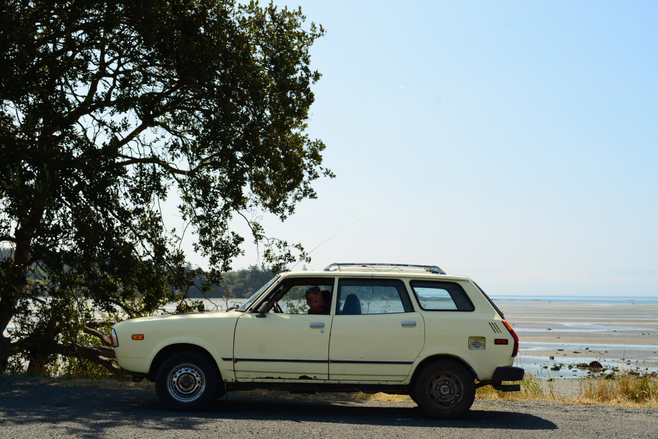 OLD PARKED CARS.: 1979 Subaru DL 4wd Wagon.