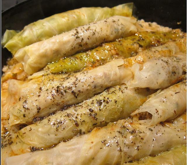 Stuffed cabbage rolls recipe (Malfouf Mahshi)