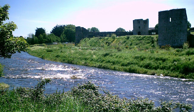 The river by Trim Castle
