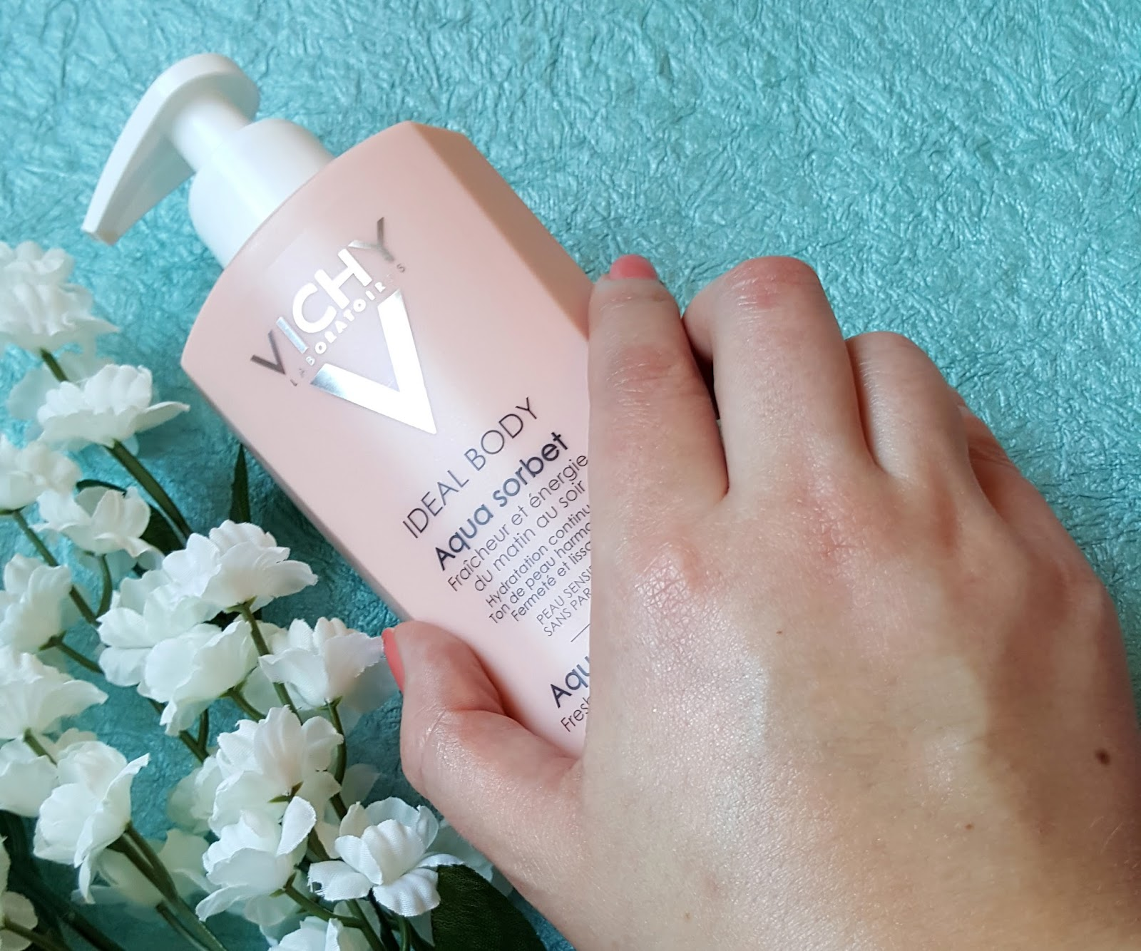 "Vichy Ideal Body ""Aqua Sorbert"""