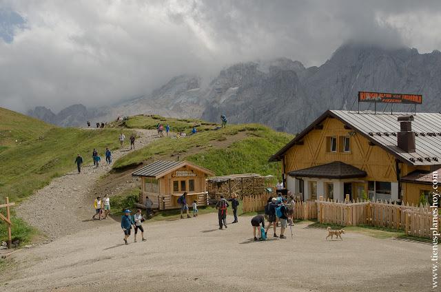 Albergue Fedarola Passo di Pordoi Italia Dolomitas