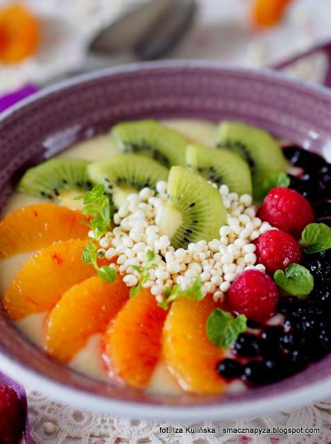 miseczka pelna witamin, miseczka owocowa, smoothie owocowy, owoce, sniadanie owocowe, sniadanie mistrzow, witaminy, samo zdrowie, sniadanie fit, zdrowe odzywianie