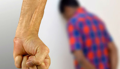 Pria 25 Tahun Dibius dan Diperkosa Dua Wanita Paruh Baya