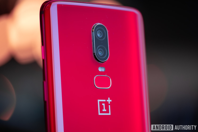 Exposing the oneplus 6T images and features before launch