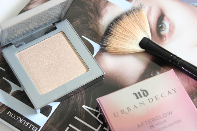 Urban Decay Afterglow 8-Hour Highlighter Powder in Sin | Review & Swatches